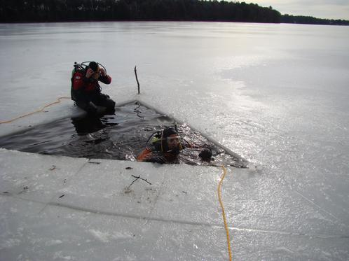 Beverly Fire Department Ice Dive 2009